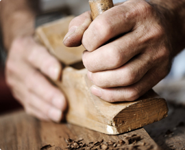 brúsenie dreva