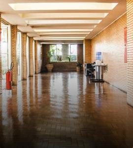 miestnosť drevená podlaha
